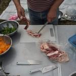 猪肉を調理